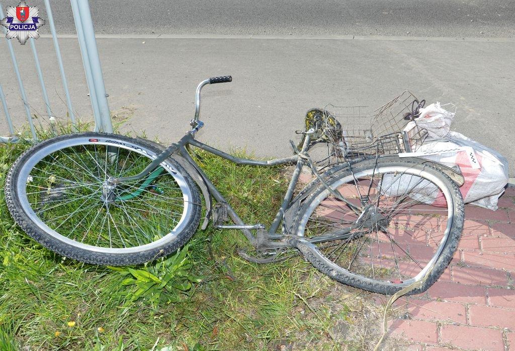 361 191215 Rowerzysta potrącony przez śmieciarkę