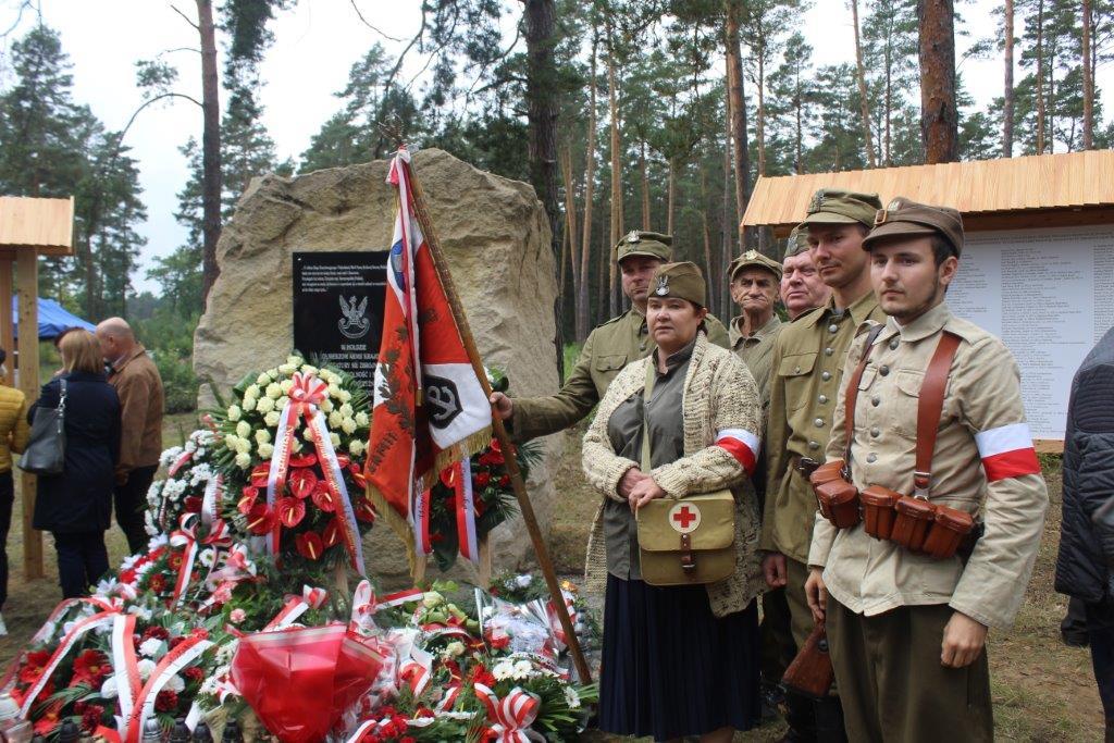 img 7274 Uroczystość odsłonięcia pomnika Bohaterów Ziemi Józefowskiej